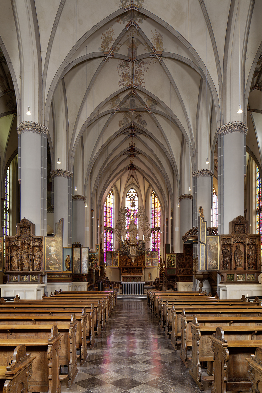 Richly furnished interior of St. Nicolai in Kalkar (Photo: LVR-Adr, Silvia Margri Wolf, 2013)